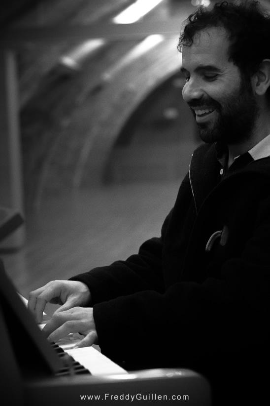 Raul Beneitez / Músico y Cantautor