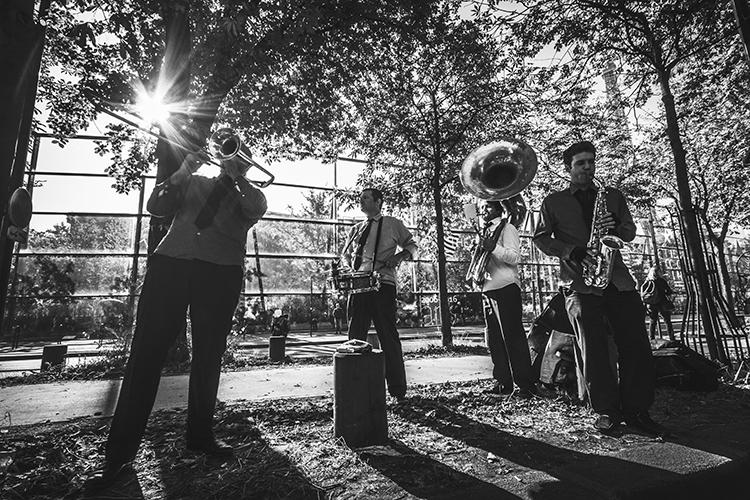 Musicos en la calle en Paris