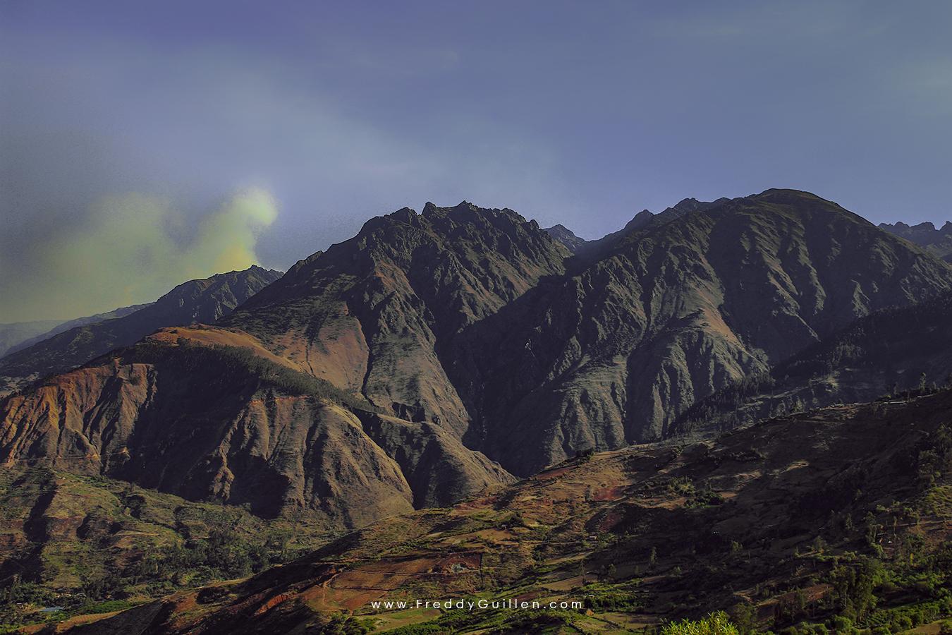 Montañas de los Andes peruanos